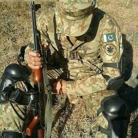 Best Photos Of Pakistan Army